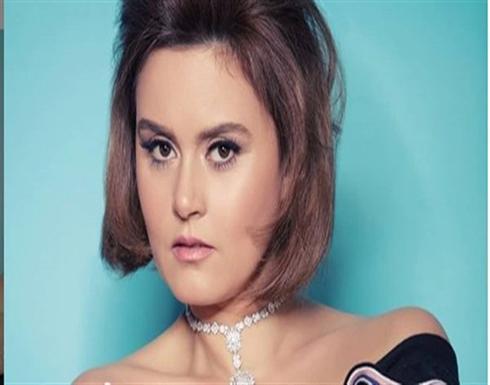 رشا مهدي تستعرض أناقتها في مهرجان الجونة السينمائي