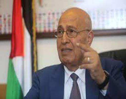 مستشار الرئيس الفلسطيني: موقفنا من عدم استقبال نائب ترامب لم يتغير