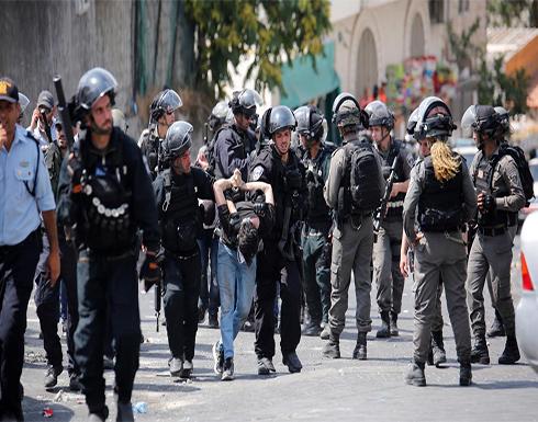 استشهاد شاب فلسطيني جراء اعتداء جنود الاحتلال الإسرائيلي عليه بأعقاب البنادق