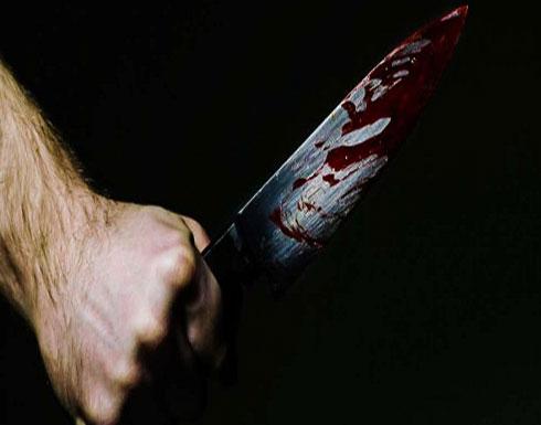 أم شجاعة تتلقى ضربة سكين دفاعا عن ابنتها.. تمزقت رئتها ونجت بأعجوبة