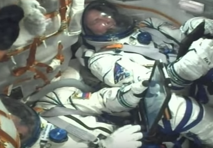 """هبوط اضطراري لمركبة """"سيوز"""" الفضائية الروسية (فيديو)"""