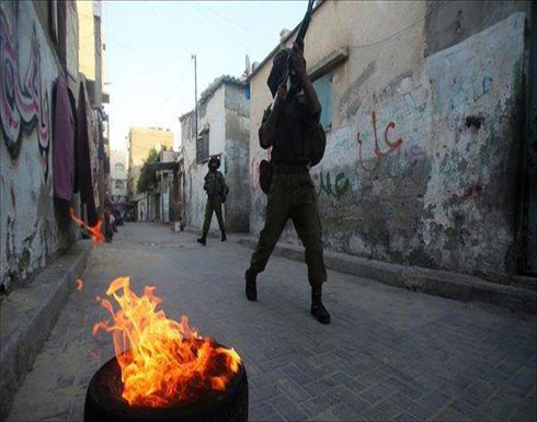الجيش الإسرائيلي يقتحم عشرات المنازل في طولكرم شمالي الضفة