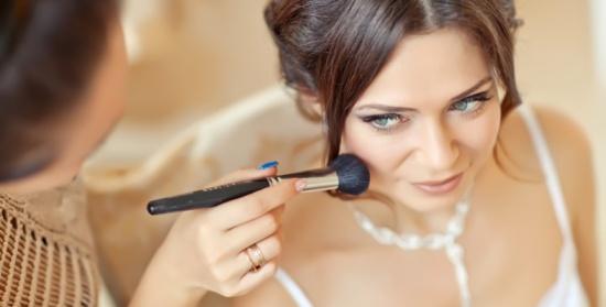 أنواع كريم الأساس التي تناسب العروس .. لإطلالة مثالية في ليلة العمر