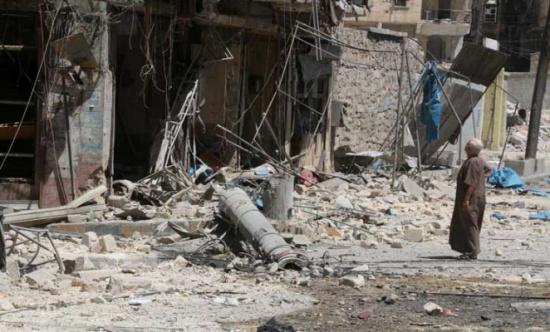 مقتل 15 شخصاً في قصف جوي ومدفعي على غوطة دمشق الشرقية