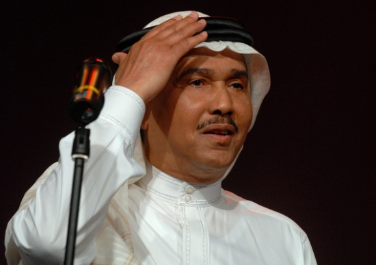 كيف عاقب محمد عبده ابنته بعد إهانتها سائقا؟ – (فيديو)