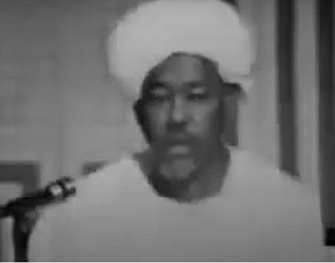 عوض عمر الإمام.. سيرة أول قارئ للقرآن بالإذاعة السودانية
