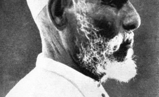 في ذكرى إعدامه الـ 87 .. سجان عمر المختار يروي كواليس ليلته الأخيرة