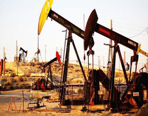 """النفط يهبط بفعل """"مؤشرات التهدئة"""""""