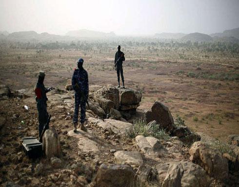 مقتل 13 مدنيا بتفجير حافلة ركاب في مالي