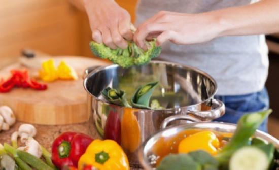 15 عادة خاطئة أثناء الطهي تفقد الأطعمة قيمتها الغذائية