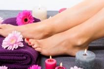كيف تسرعين نمو أظافر أصابع قدميك؟