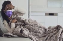 """الاختلاف الرئيسي إذا كنت مصابا بـ """"كوفيد-19"""" أو نزلة برد أو إنفلونزا"""