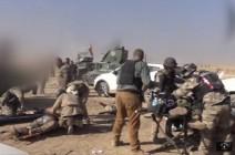 قوات خاصة أمريكية تسعف جرحى البيشمركة بالموصل