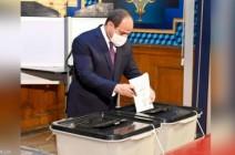 السيسي يدلي بصوته في انتخابات مجلس النواب