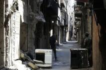 النظام يواصل قصف مخيم اليرموك رغم رضوخ داعش للاتفاق (شاهد)