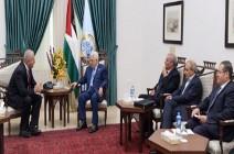 السفير الروسي يؤكد لعباس دعم موسكو للقضية الفلسطينية