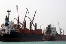 بعد خسائرها في الحديدة..ميليشيا الحوثي تقطع طرق الميناء