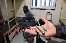 """حرب """"الهواتف الخليوية"""" تستعر داخل سجون الاحتلال!"""