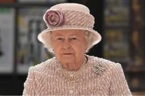 ملكة بريطانيا تؤدب الأمير هاري و زوجته ميجان ميركل بقرار يتسبب في خراب بيتهما