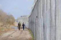 الجيش الإسرائيلي ينصب سياجا حدوديا جديدا شرق قطاع غزة