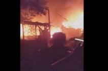 بالفيديو : مقتل 6 مدنيين من قبل قوات النظام بقصف صواريخ على مخيمات النازحين في بلدة قاح شمال ادلب