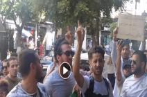 """شاهد : طلاب جزائريون يقتحمون اجتماع """"لجنة الحوار"""" ويقدمون مطالبهم"""