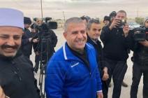 """بالفيديو : السلطات الإسرائيلية تطلق سراح """"عميد الأسرى السوريين"""""""