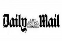 """""""ديلي ميل"""" تعتذر للورد بريطاني محافظ بعد مهاجمته لحضوره فعالية فلسطينية"""