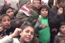 """شاهد بالفيديو .. احتجاجات في الرقة تندد بـ""""العدوان الأمريكي"""""""