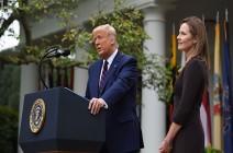 """""""ذات ذكاء خارق"""".. ترامب يرشح إيمي كوني لخلافة القاضية غينسبرغ في المحكمة العليا"""