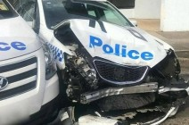 """سائق """"مجنون"""" يحمل مخدرات ويصطدم بسيارة شرطة"""