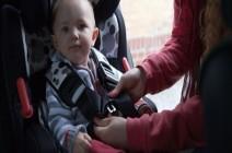 نصائح ذهبية لاختيار مقعد الطفل المناسب بالسيارة