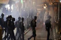 شاهد : قوات الاحتلال تقتحم الأقصى واعتداءات مستمرة بالشيخ جراح