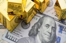 الذهب يسجل المكاسب والدولار يكبح موجة الصعود