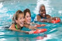 أكوا جيم.. رياضة مائية آمنة تغير حياة النساء