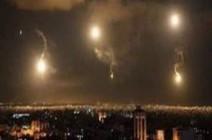 بالفيديو : الدفاعات الجوية السورية تتصدى لهجوم من 3 طائرات إسرائيلية على دمشق