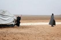 معركة الموصل.. قوة عراقية ترمي النازحين في العراء