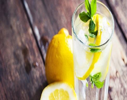 الماء الدافئ والليمون قد يسبب تساقط أسنانك
