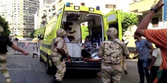 بالصور.. اصطدام 24 مركبة يخلف أكثر من 40 مصابًا في مصر