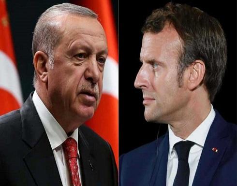 لماذا وصل العداء بين ماكرون وأردوغان إلى هذا المستوى الخطير غير المسبوق؟
