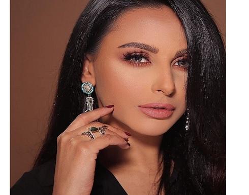 ساخر- 3 أسباب لانتقاد ميس حمدان بعد مشاركتها في إعلان للملابس الداخلية(شاهد)