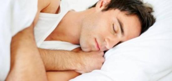 ماهي أسباب هزة النوم؟