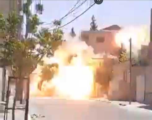 شاهد : لحظة تدمير طائرات الاحتلال لمنزل عائلة أبو شمالة في غزة