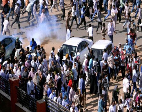 الشرطة السودانية تفرق مسيرة احتجاجية (شاهد)