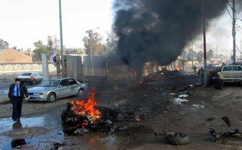 """مقتل 12 شخصا بتفجير سوق للخضار في بغداد و""""تنظيم الدولة"""" يتبنى"""