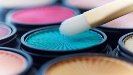 ما تحتاجين معرفته عن مدة الصلاحية لمستحضرات التجميل