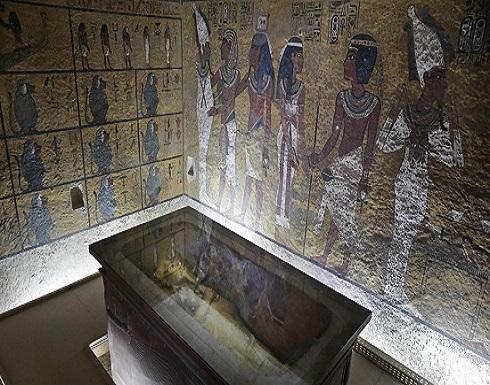 """""""إله فرعوني"""" يستغل الهواتف الذكية ويأخذ """"سكرين شوت"""" لهم"""