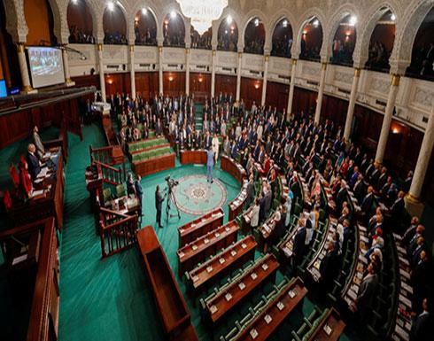 مشاورات تشكيل الحكومة التونسية... أحزاب ترفع الفيتو وأخرى ترغب في اللحاق بركب التحالفات