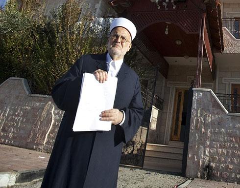 الاحتلال يبعد الشيخ عكرمة صبري عن المسجد الأقصى