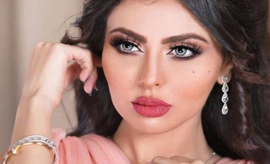 موجة غضب ضد مريم حسين بسبب رقصها بالروب -فيديو